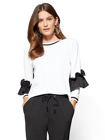 Contrast-Trim Ruffled Top - Black & White   - New York & Company