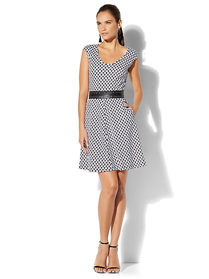 Cotton V-Neck Fit & Flare Dress - Print - New York & Company