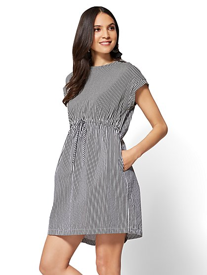 Drawstring Poplin Shift Dress - Black & White Stripe - New York & Company