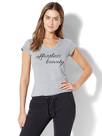 Effortless Beauty Graphic Logo Tee - New York & Company