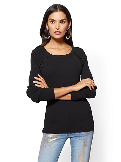 Grommet Lace-Up Scoopneck Sweater - New York & Company