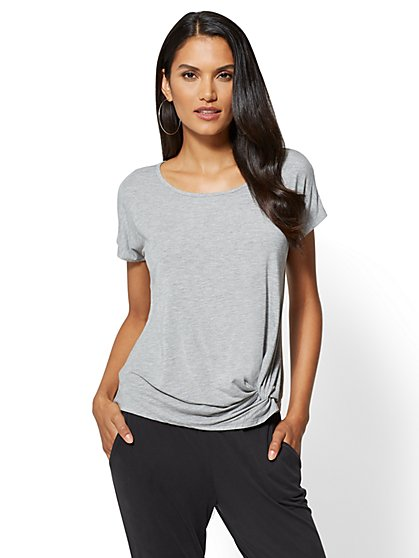 Knot-Front Scoopneck Tee - New York & Company