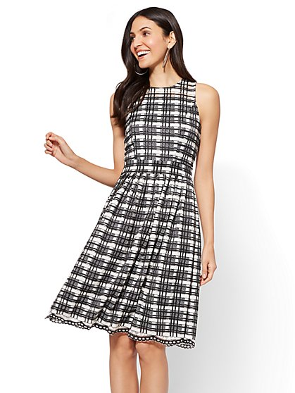 Lace Overlay Fit & Flare Dress - Black & White - New York & Company
