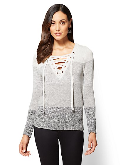 Lace-Up Grommet V-Neck Sweater - Ombre - New York & Company