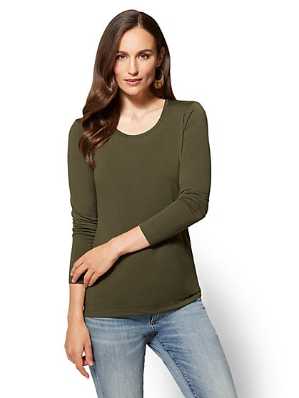 Long-Sleeve Cozy Crewneck Tee - New York & Company