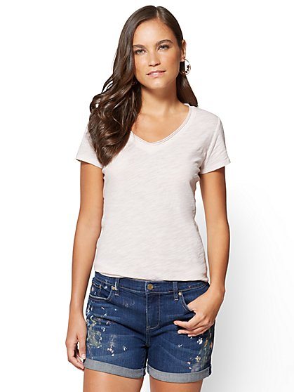 Raw-Edge V-Neck Tee - New York & Company