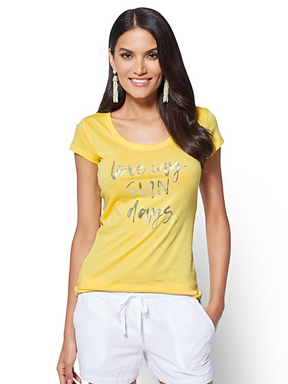 "Sequin ""Love My Sun Days"" Graphic Logo Tee - New York & Company"
