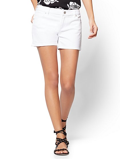 Soho Jeans - 4 Inch Short - White - New York & Company