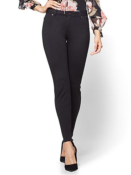 Soho Jeans - 5-Pocket Legging - Ponte - Petite  - New York & Company