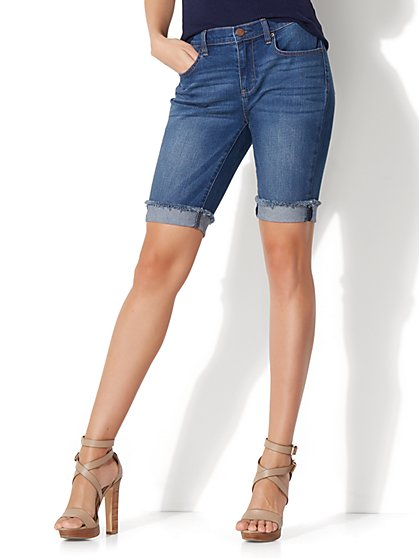 Soho Jeans - Boyfriend Bermuda Short - Force Blue Wash - New York & Company