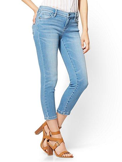 Soho Jeans - Capri Legging - Heartbreaker Blue Wash - New York & Company
