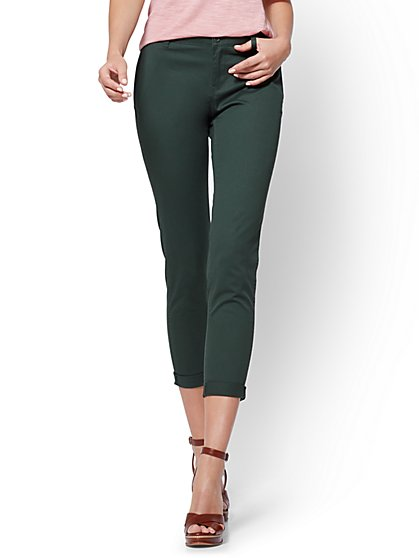 Soho Jeans - Chino Boyfriend - Hampton Green - New York & Company