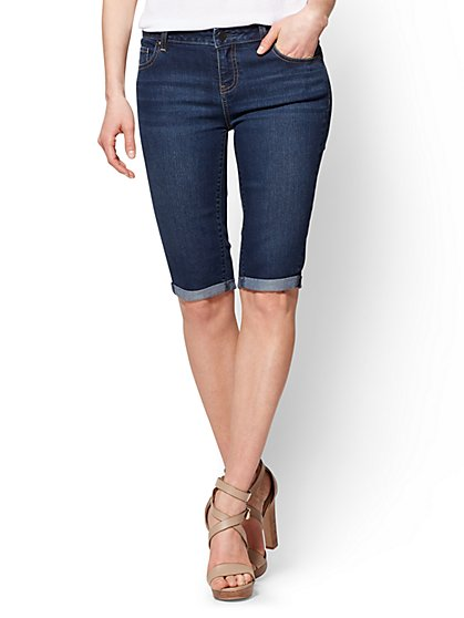 Soho Jeans - Curvy Bermuda Short - Dark Tide Wash - New York & Company