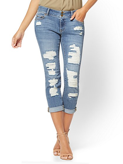 Soho Jeans - Curvy Cropped Boyfriend - Dusty Blue Wash - New York & Company