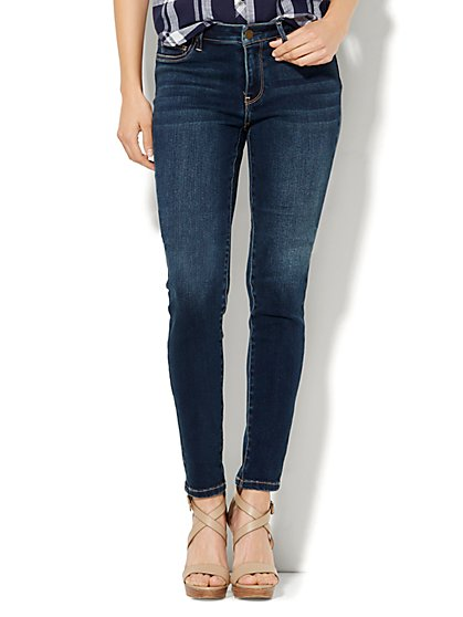 Soho Jeans - Curvy Legging - Flawless Blue Wash - Tall  - New York & Company