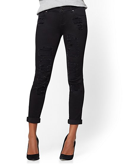 Soho Jeans - Destroyed Curvy Boyfriend - Black - New York & Company