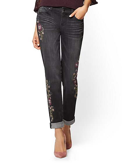 Soho Jeans - Embroidered Boyfriend - Black - New York & Company
