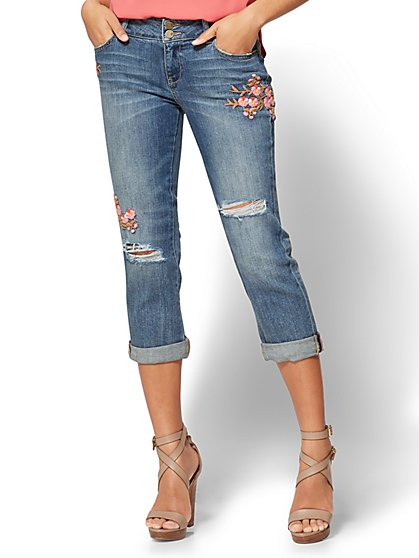 Soho Jeans - Embroidered Curvy Cropped Boyfriend - New York & Company