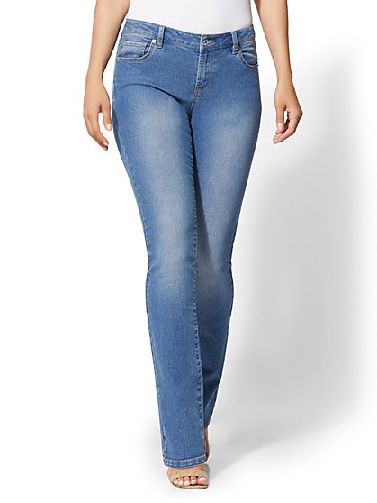 Soho Jeans - Essential Stretch - Bootcut - New York & Company