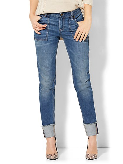 Soho Jeans - Extreme Cuff Relaxed Boyfriend - Signature Blue Wash - New York & Company