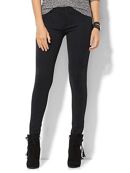 Soho Jeans - Five-Pocket Legging - Ponte - Petite - New York & Company