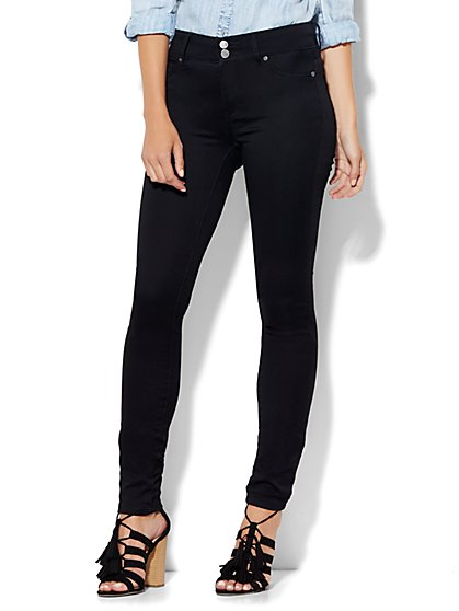 Soho Jeans - High-Waist SuperStretch Legging - Black - Petite - New York & Company