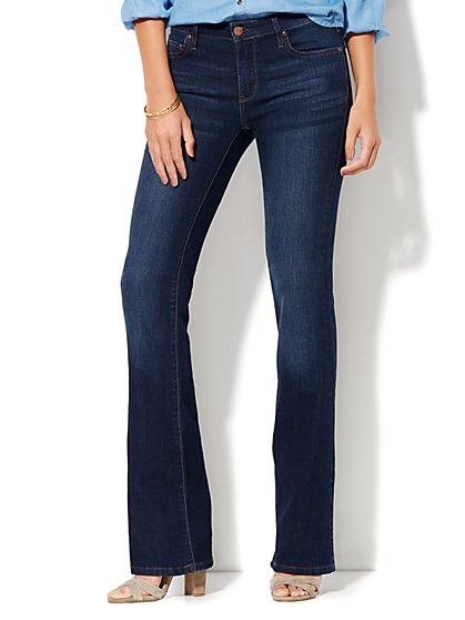 Soho Jeans - Instantly Slimming - Curvy Bootcut - Highland Blue Wash - Tall  - New York & Company