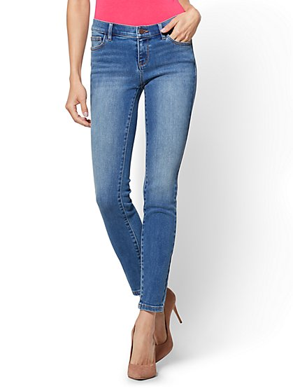 Soho Jeans - Legging - Blue Bandit Wash - Petite - New York & Company