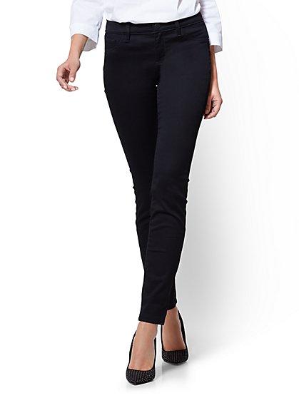 Soho Jeans - Mid-Rise Legging - Black - Petite - New York & Company