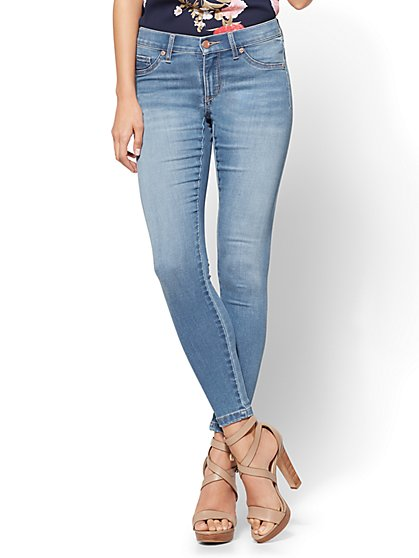 Soho Jeans - Seamless Ankle Legging - Blue Society Wash - New York & Company