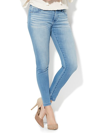 Soho Jeans - Seamless Ankle - Unstoppable Blue Wash - New York & Company