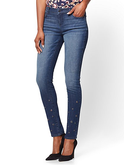 Soho Jeans - Skinny - Grommet Accent - Indigo Blue Wash  - New York & Company