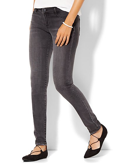 Soho Jeans - SuperStretch Legging - Milky Way Grey Wash  - New York & Company