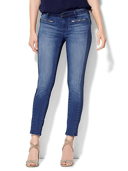 Soho Jeans Zip-Accent Ankle SuperStretch Legging - Theatrical Blue Wash  - New York & Company