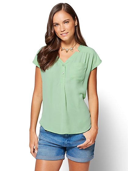 Soho Soft Shirt – Hi-Lo Split-Neck Blouse - New York & Company