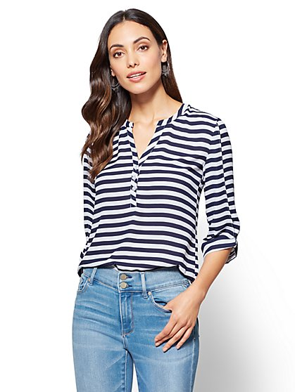 Soho Soft Shirt - Split-Sleeve V-Neck Blouse - Stripe  - New York & Company