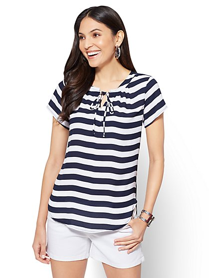 Soho Soft Shirt - Tie-Front Split-Neck Top - Stripe - New York & Company
