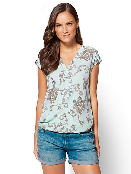 Soho Soft Shirt - Wrap-Front Short Sleeve Shirt - Paisley - New York & Company