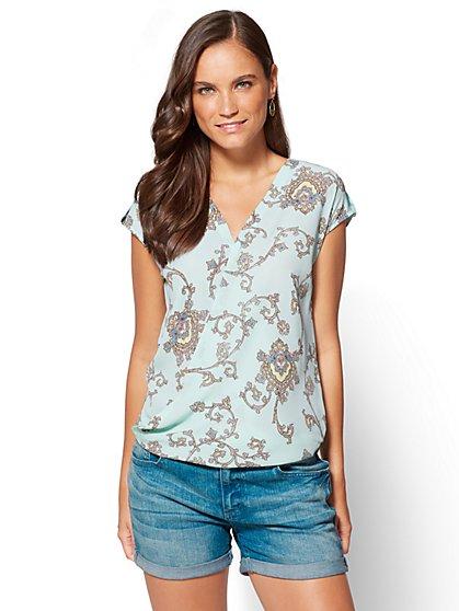 Soho Soft Shirt - Wrap-Front Short Sleeve Shirt - Paisley - New York & Company