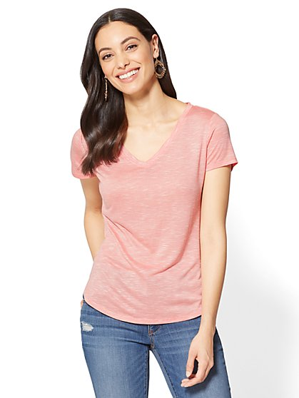 Soho Soft Tee - V-Neck Hi-Lo T-Shirt - Stripe - New York & Company