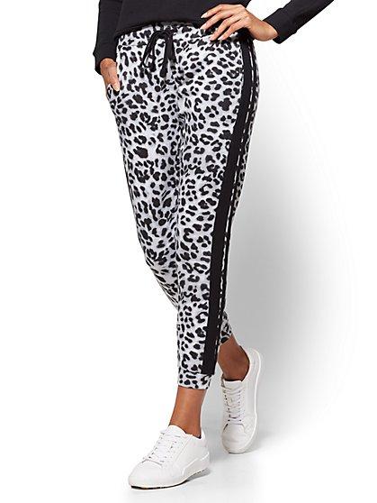 Soho Street - Slim Jogger Pant - Leopard Print - New York & Company