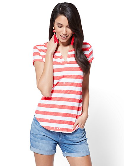 Split-Neck Tee - Sequin Stripe - New York & Company