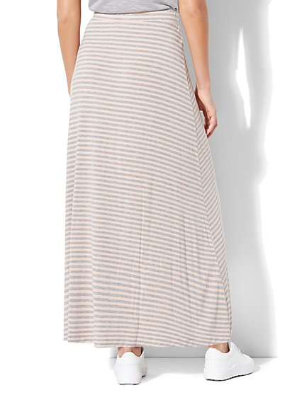 Skirts for Women   New York & Company
