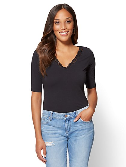 Tee Luxe - Lace-Trim V-Neck Tee - New York & Company