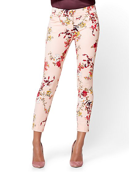 The Audrey Ankle Pant - Rose - Floral - New York & Company