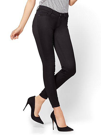 The Crosby Pant - Slim-Leg Ankle - Black - Petite - New York & Company