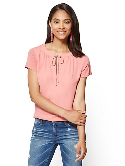 Tie-Front Split-Neck Tee - New York & Company