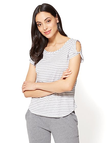 Twist-Sleeve Scoopneck Tee - Stripe - New York & Company