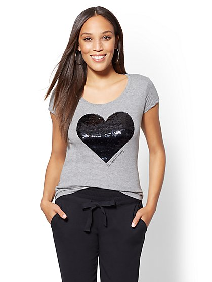 Two-Tone Sequin Heart Graphic Logo Tee - New York & Company