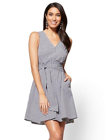 V-Neck Fit & Flare Dress - Gingham - New York & Company